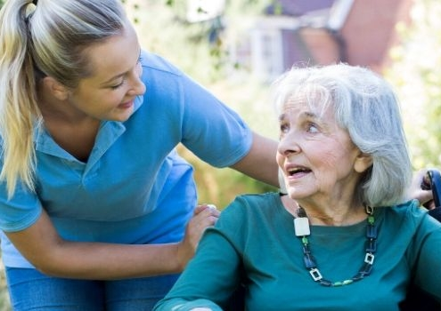 Pflege zu Hause in Anspruch
